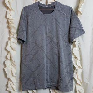 Men's Lululemon Metal Vent short sleeve laser cut
